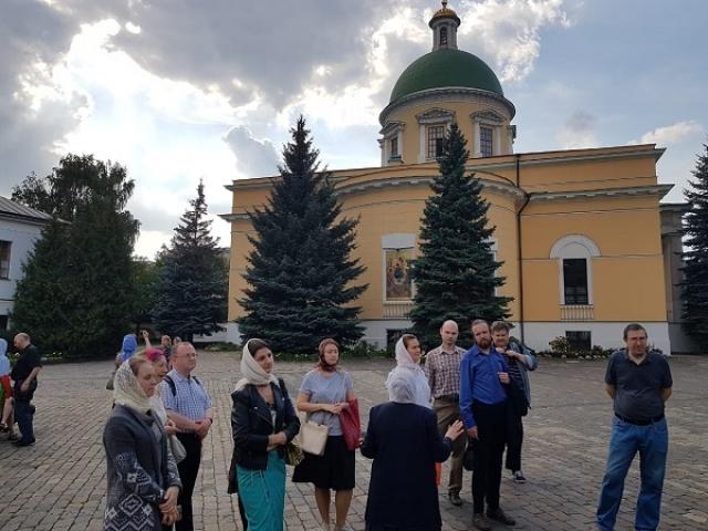 8 сентября 2019 года Екатерининский молодежный центр продолжил посещение монастырей и храмов города Москвы